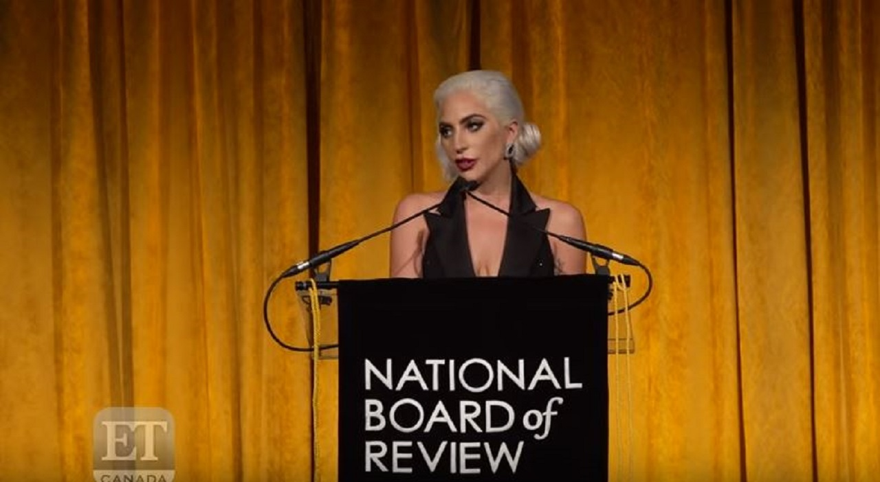 Lady Gaga gets awards, praises her family