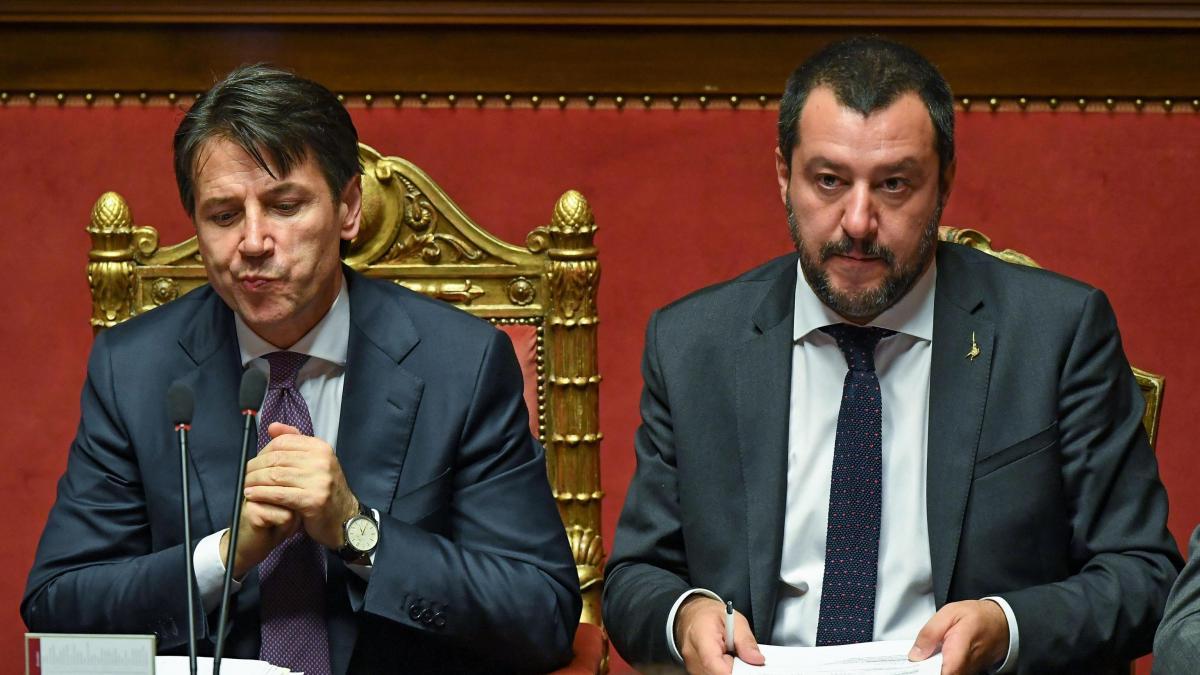 Pensioni, Decreto Quota 100: l'opposizione fa pressing sul Governo