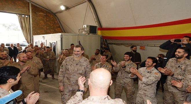 Felipe VI sorprende a las tropas españolas en Iraq por su visita