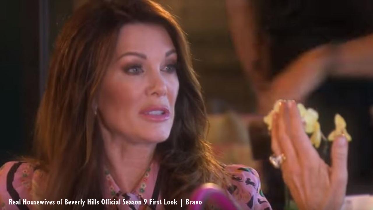 'RHOBH' star Lisa Vanderpump hosts wine bottle signing in Katy, Texas