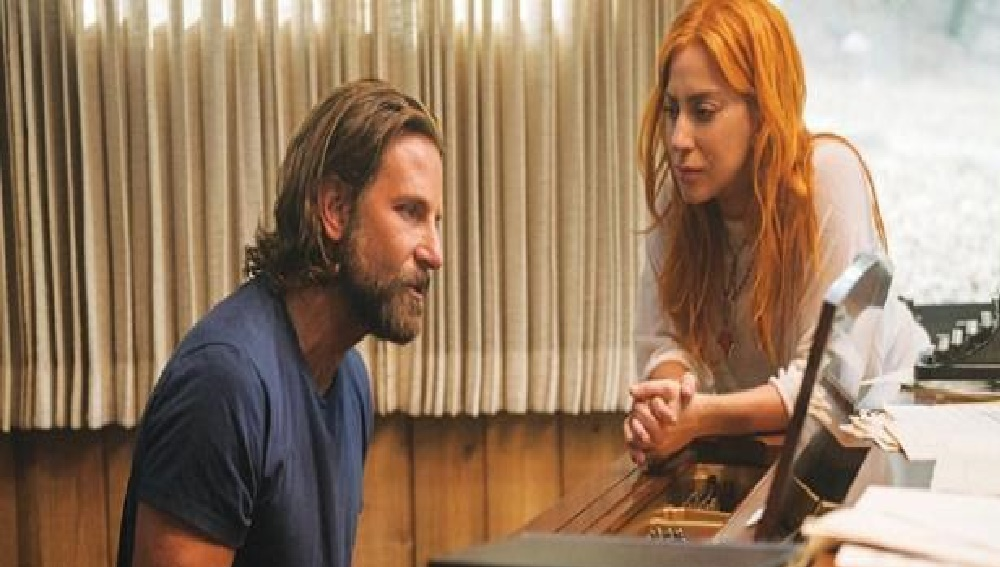 Bradley Cooper siente pena porque no está nominado como Mejor Director
