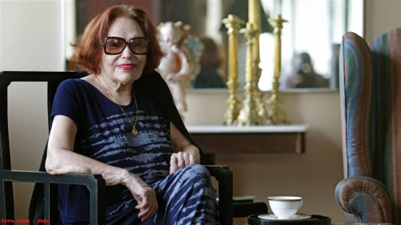 Atriz, diretora e cantora Bibi Ferreira morreu em sua casa