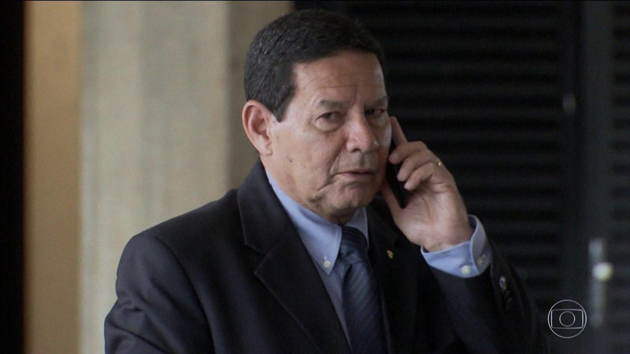 General Mourão se manifesta sobre situação de Nicolás Maduro na Venezuela