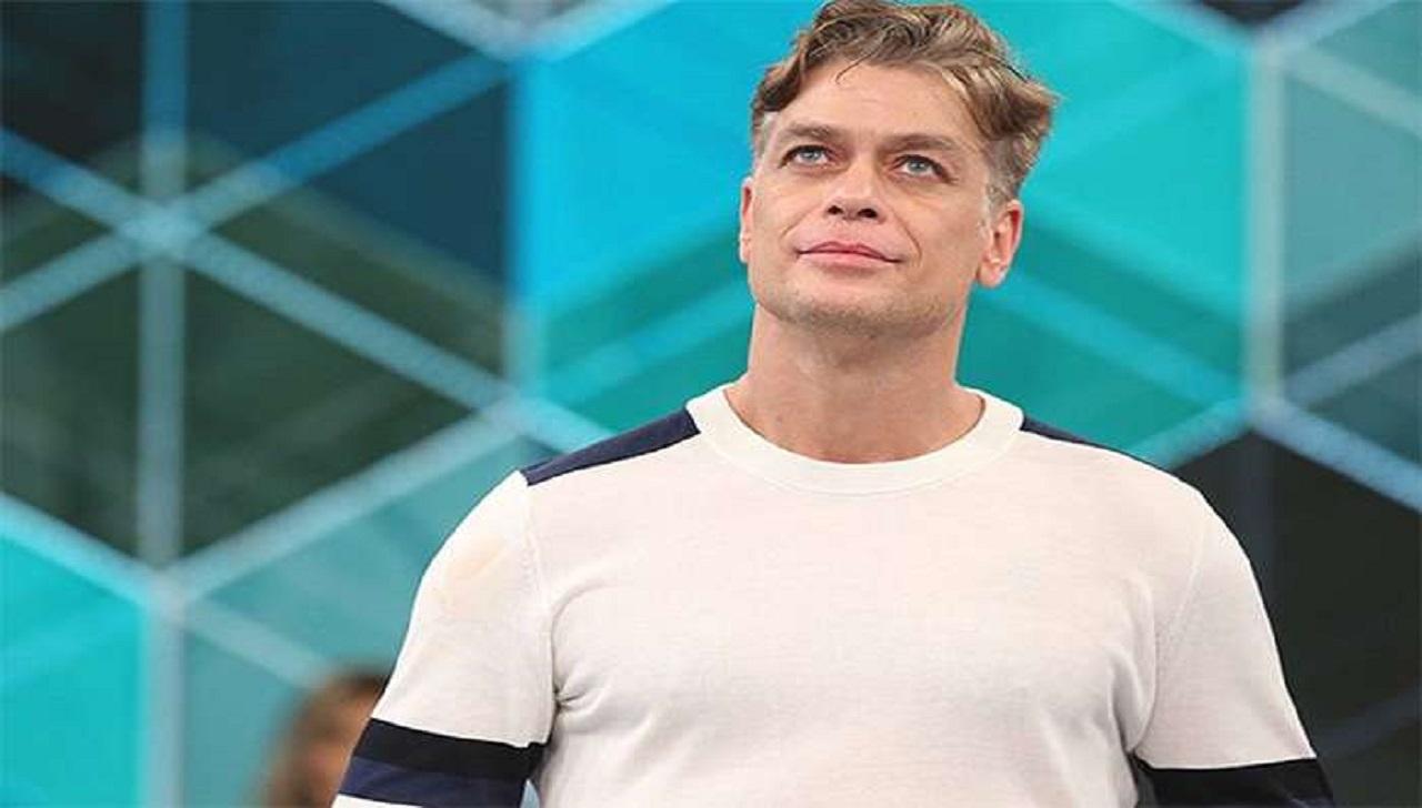 Após tratamento espiritual, ator Fábio Assunção retorna aos palcos
