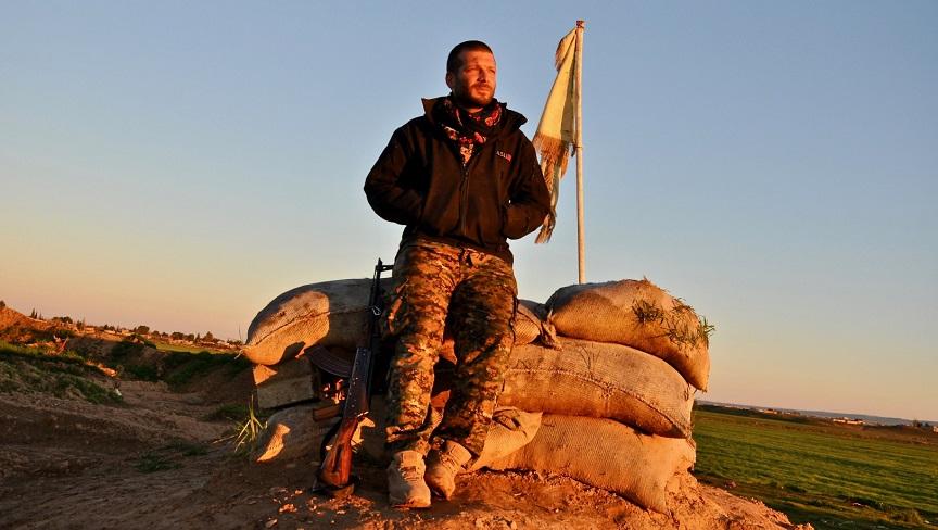 Lorenzo Orsetti, combattente italiano tra i curdi ucciso dall'Isis in Siria