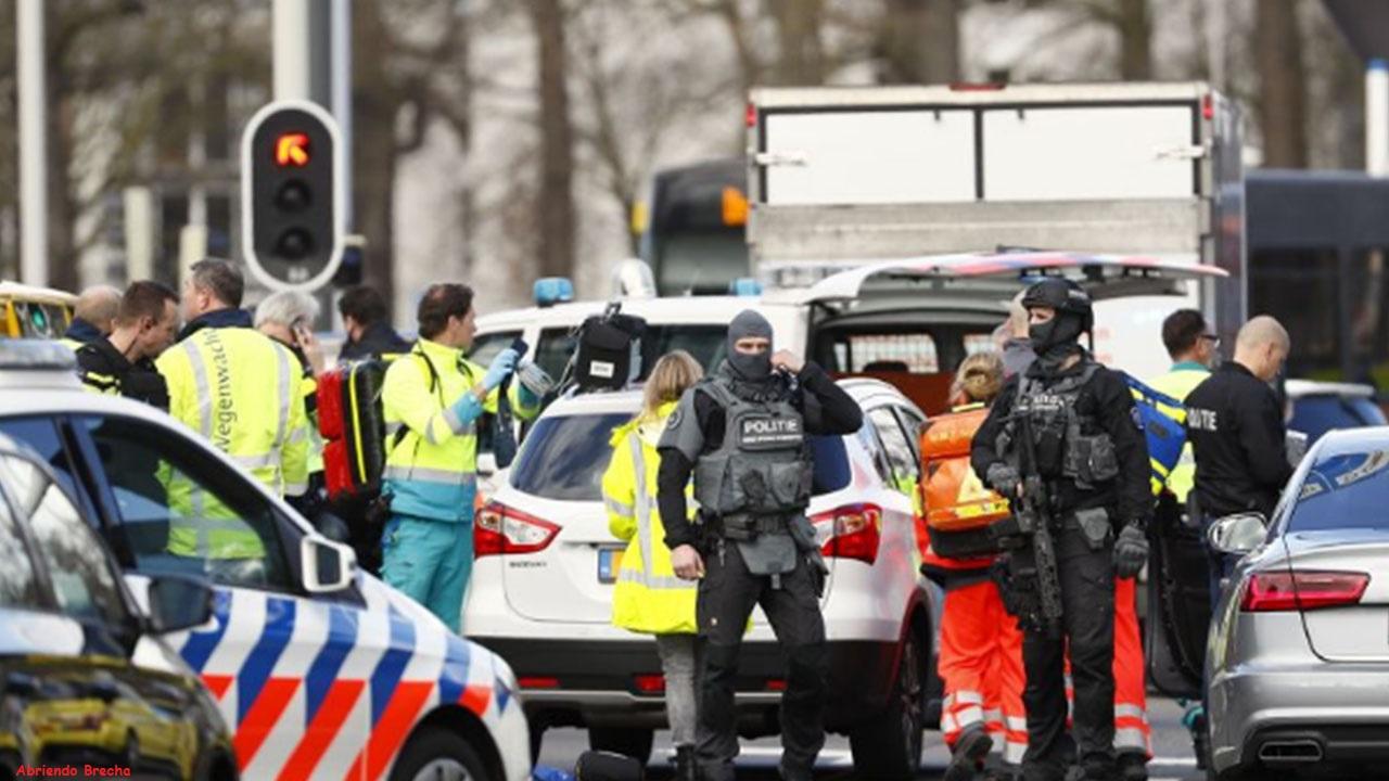 Atirador mata três pessoas e deixa nove feridos em estação de bonde na Holanda