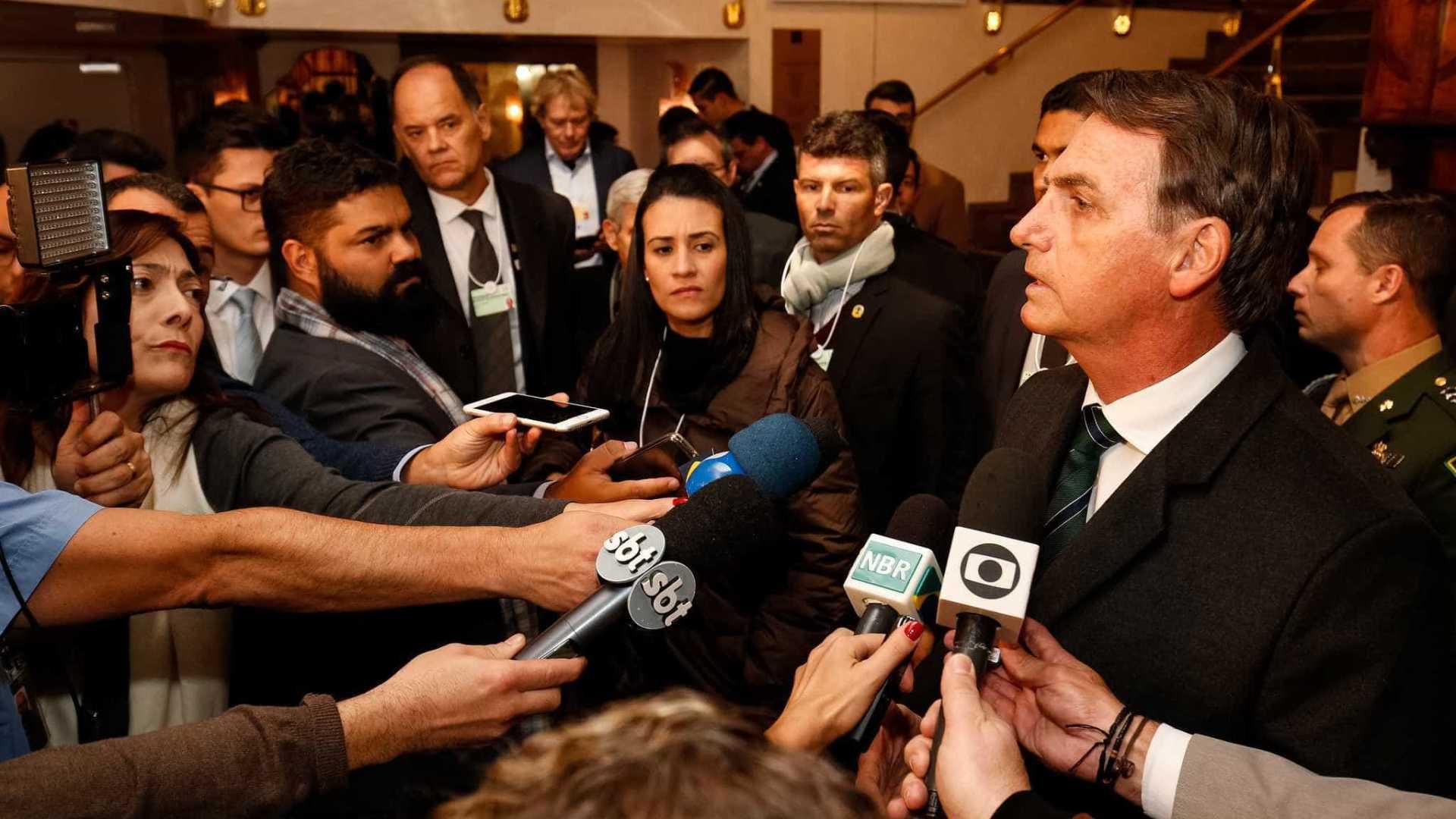 Bolsonaro diz que não é preconceituoso e não tem nada contra homossexuais