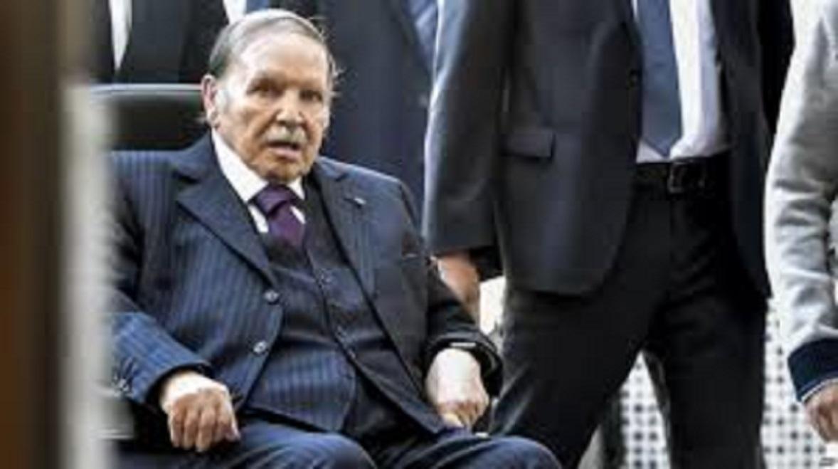 Le 19 mars, le peuple algérien se réunit et manifeste contre Bouteflika