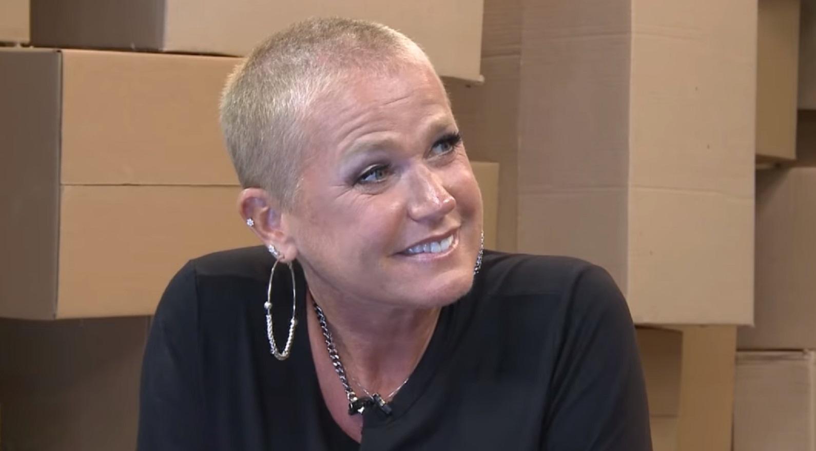Xuxa dispara contra haters: 'Estou velha. Minha pele é enrugada e não uso botox'