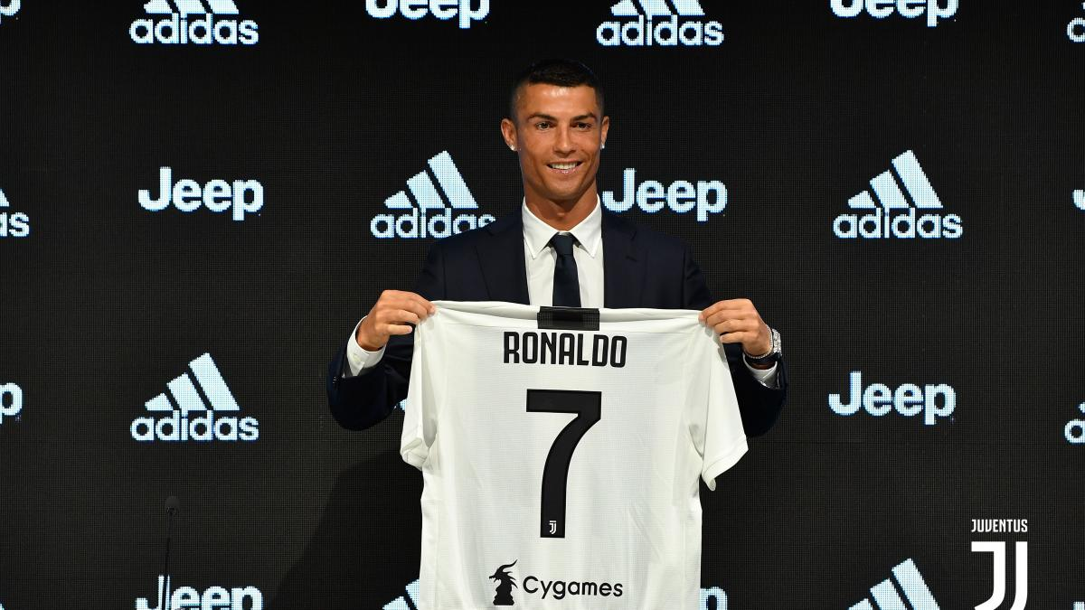 Juventus: Cristiano Ronaldo porta altri top player, ipotesi Varane