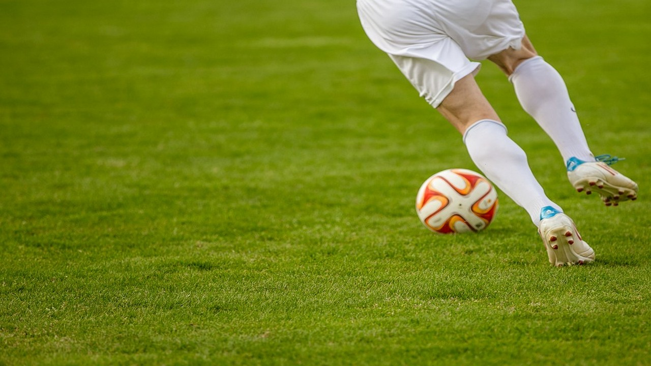 Calciomercato Juventus: Dybala al Liverpool e Salah bianconero secondo Bucchioni
