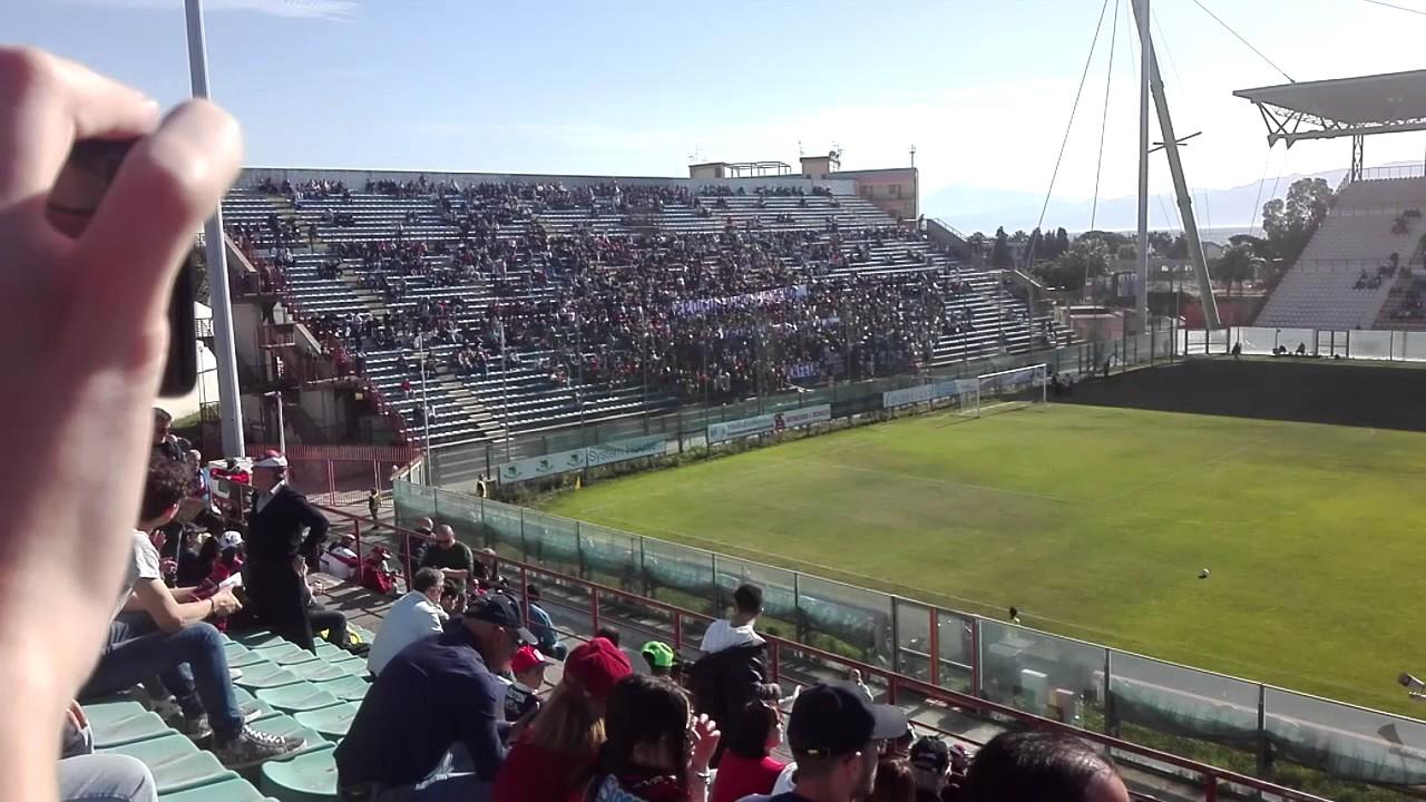 Serie C, la Reggina batte il Catania con un secco 3-0