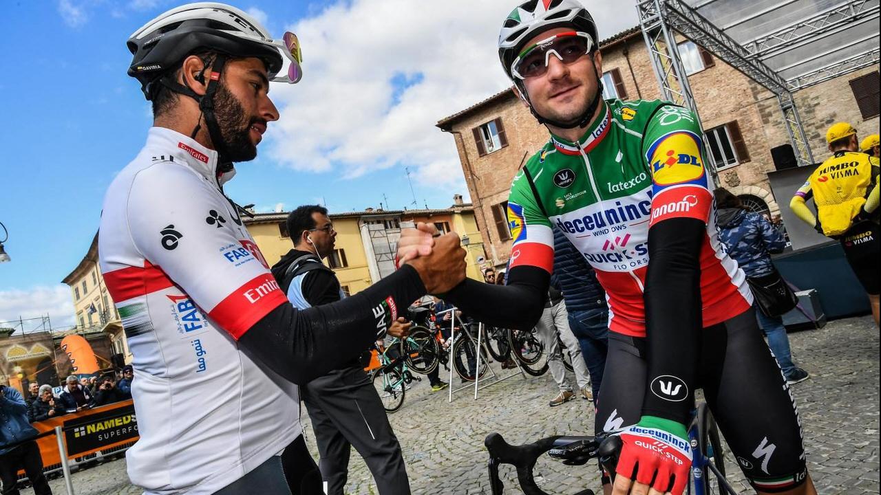"""Ciclismo, Elia Viviani: """"A causa di un contato ho dovuto mettere il piede a terra"""""""