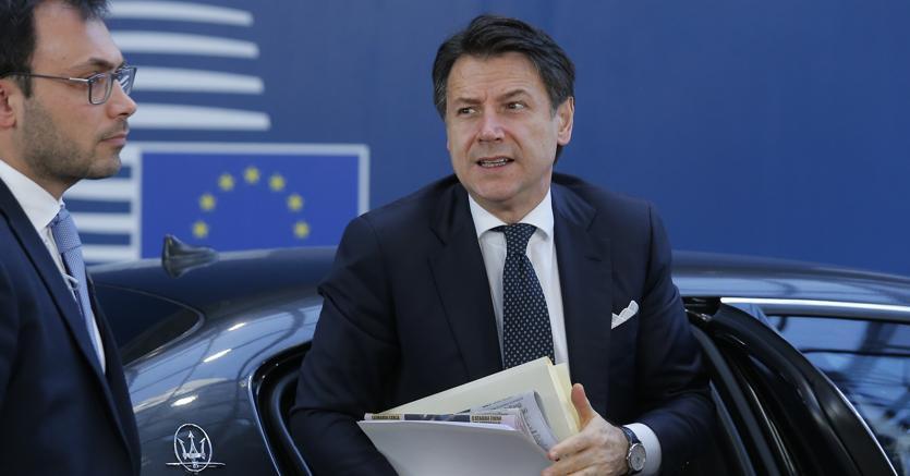 Il Premier Giuseppe Conte è stanco delle continue polemiche di Matteo Salvini