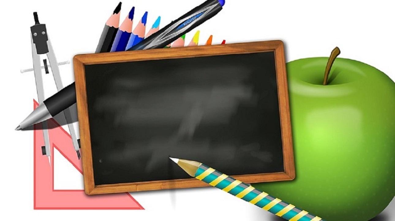 Scuola: dal 2020 stop agli appalti sulle pulizie, lavoreranno solo gli ATA con concorso