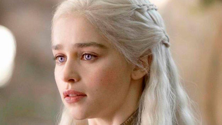 Emilia Clarke sufrió dos aneurismas tras la primera temporada de Juego de Tronos