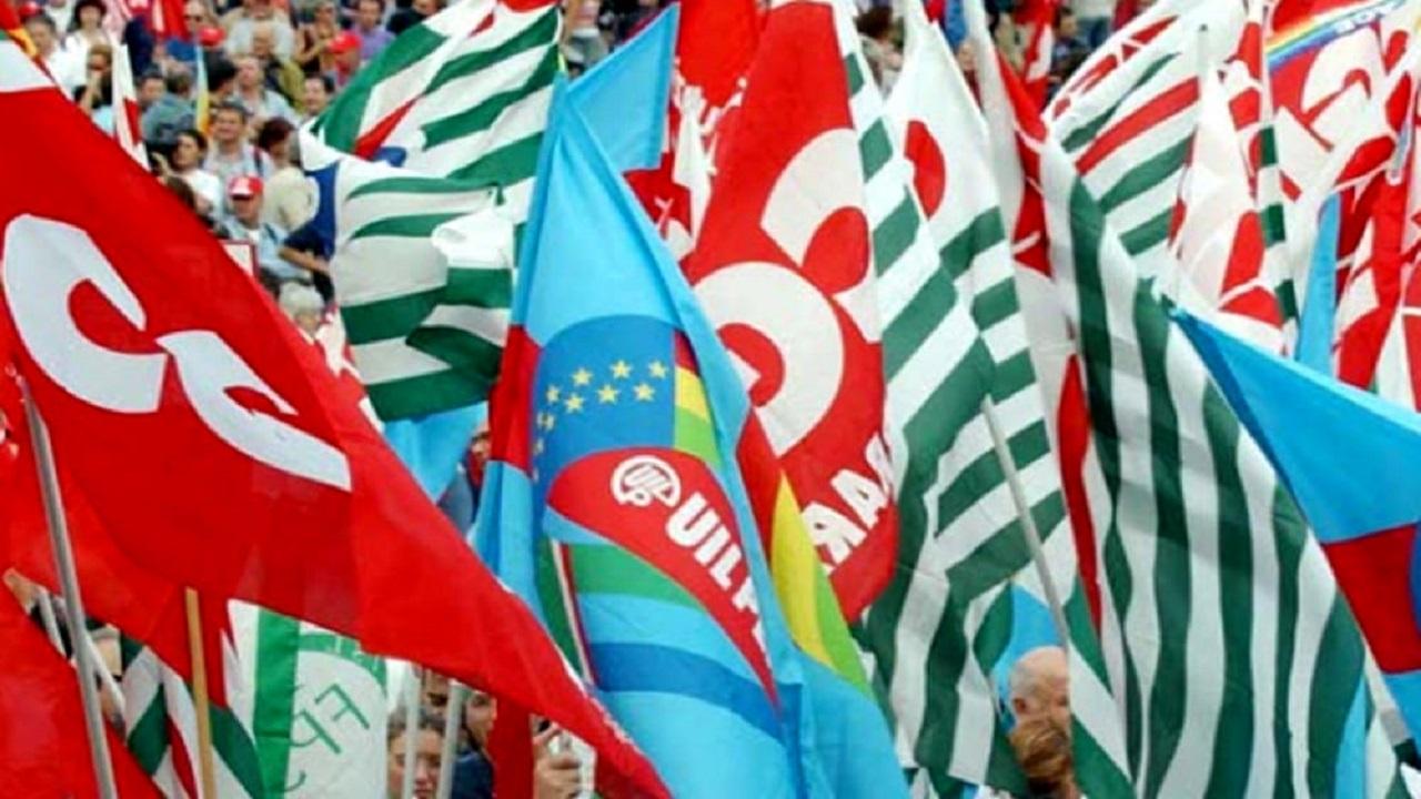 Decretone: atteso il passaggio del testo al Senato, sindacati pronti alla mobilitazione