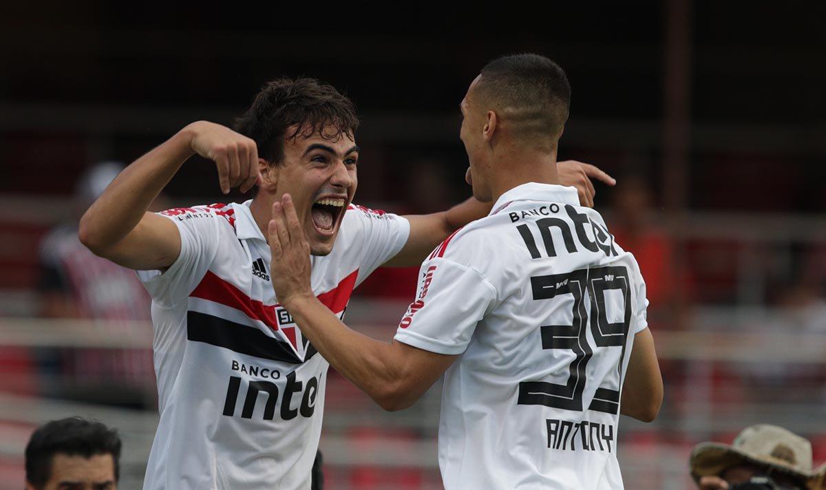 São Paulo recebe o Palmeiras pelo jogo de ida das semifinais do Paulistão