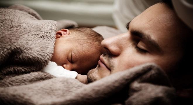 Entra en vigor la ampliación del permiso de paternidad