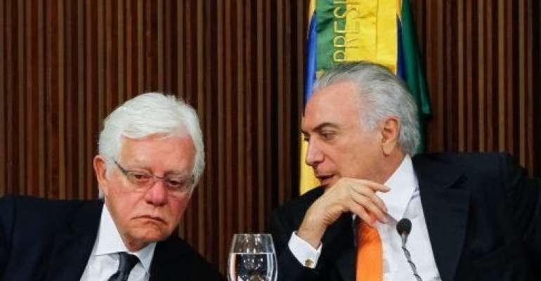Lava Jato mostra conversa entre Temer e Moreira momentos antes de prisão