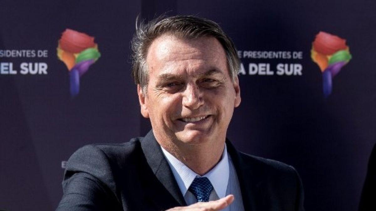 Jair Bolsonaro afirma que horário de verão deve acabar ainda este ano