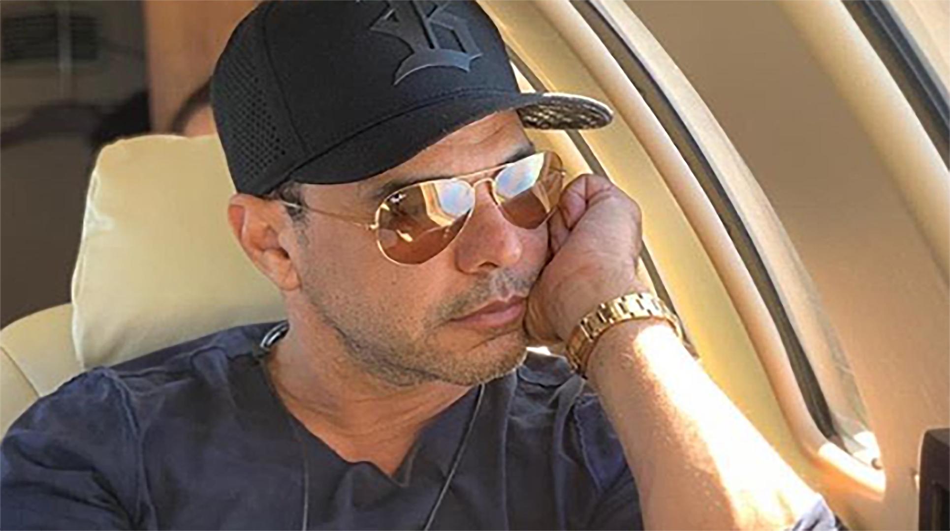 Zezé Di Camargo lamenta a perda de Mel, sua cachorrinha de estimação