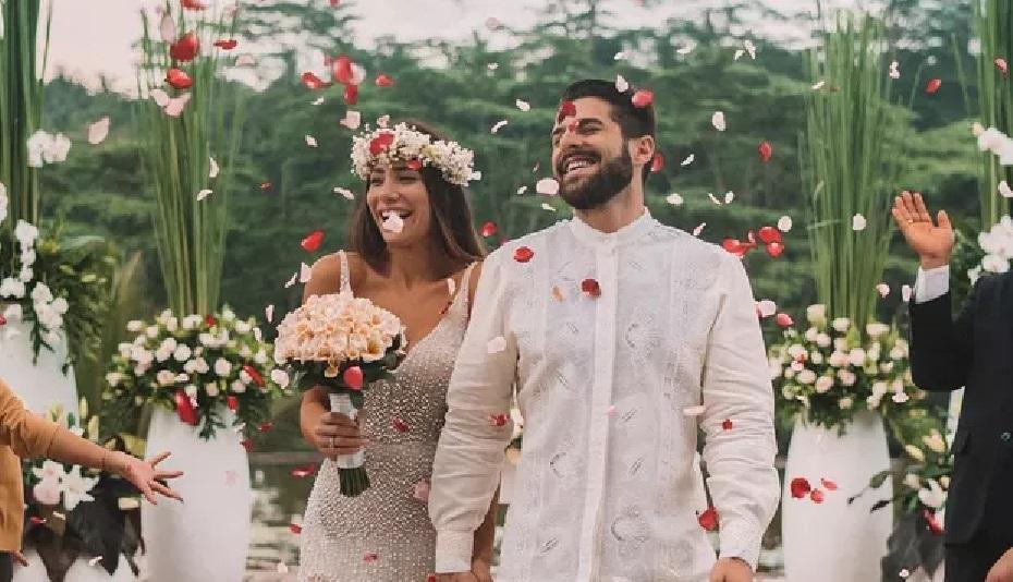 Alok e Romana Novaes se casam de novo , e esposa aposta no branco com transparência