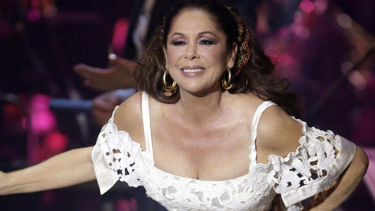 Isabel Pantoja estará acompañada en 'Supervivientes' por polémicos personajes de Telecinco