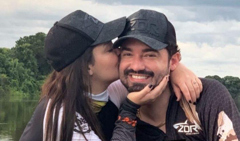Fernando brinca e convida Ratinho para o seu futuro casamento com Maiara