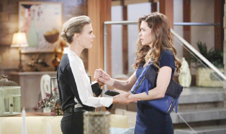 Y&R: Kyle and Lola Almost Make Love and Wind up Declaring Their Love