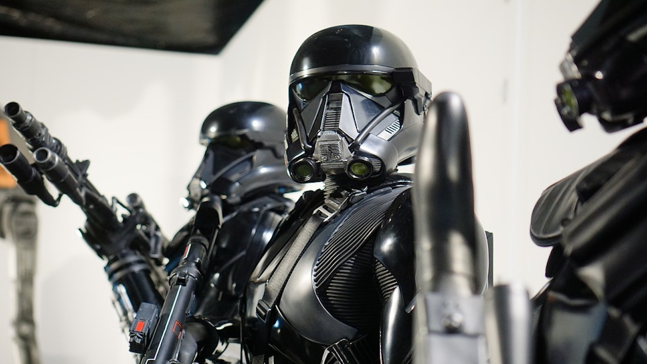 Star Wars fans get glimpse of first footage, photos from The Mandalorian