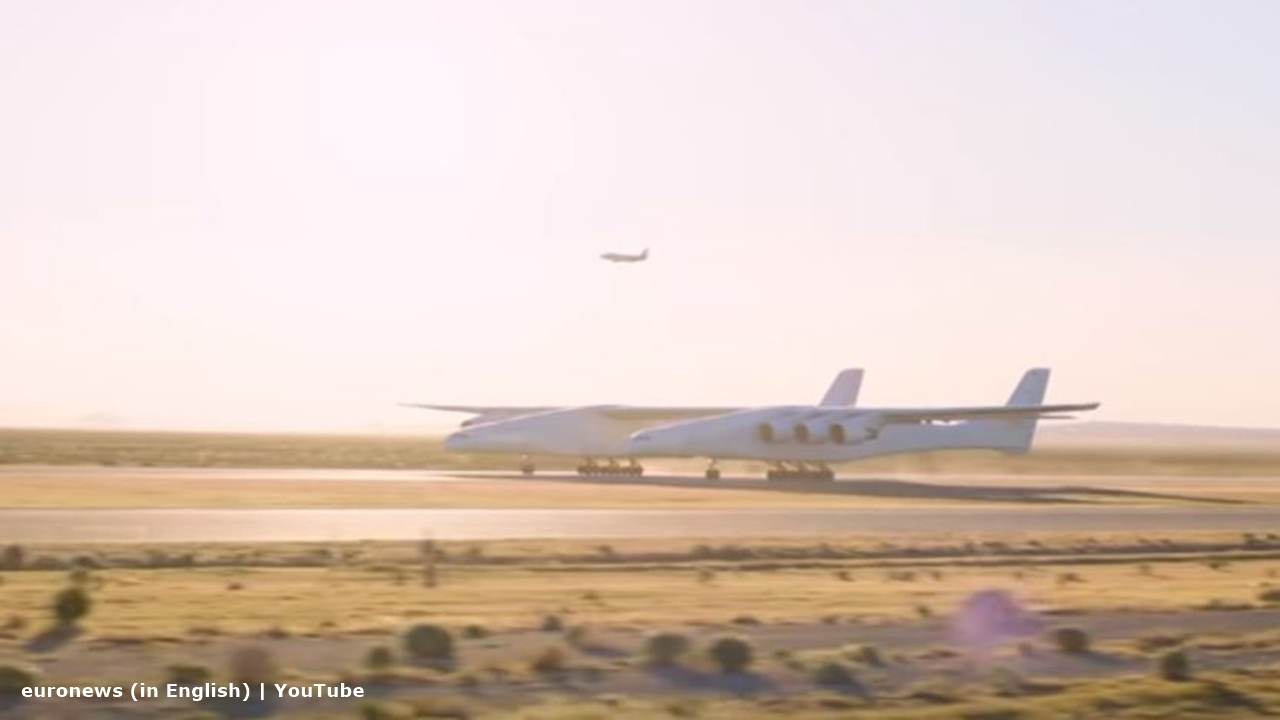 Successful test fight of Stratolaunch could see future satellites launch from the air