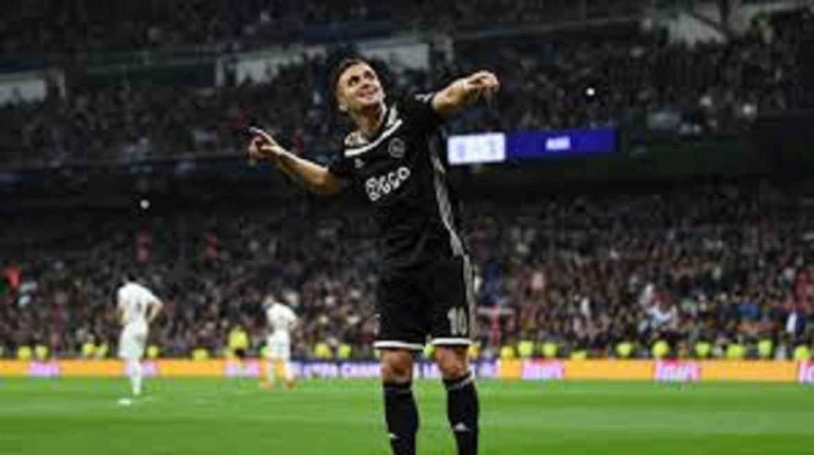 L'Ajax renverse la Juventus Turin