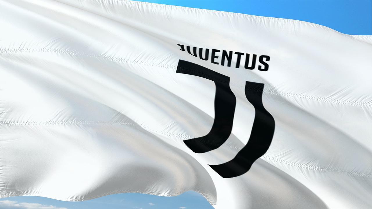 Juventus, Ceccarini rivela: 'Dybala potrebbe partire per un'offerta da 80 milioni di euro'