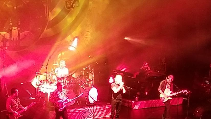 Roger Waters canta un classico dei Pink Floyd al concerto di Nick Mason