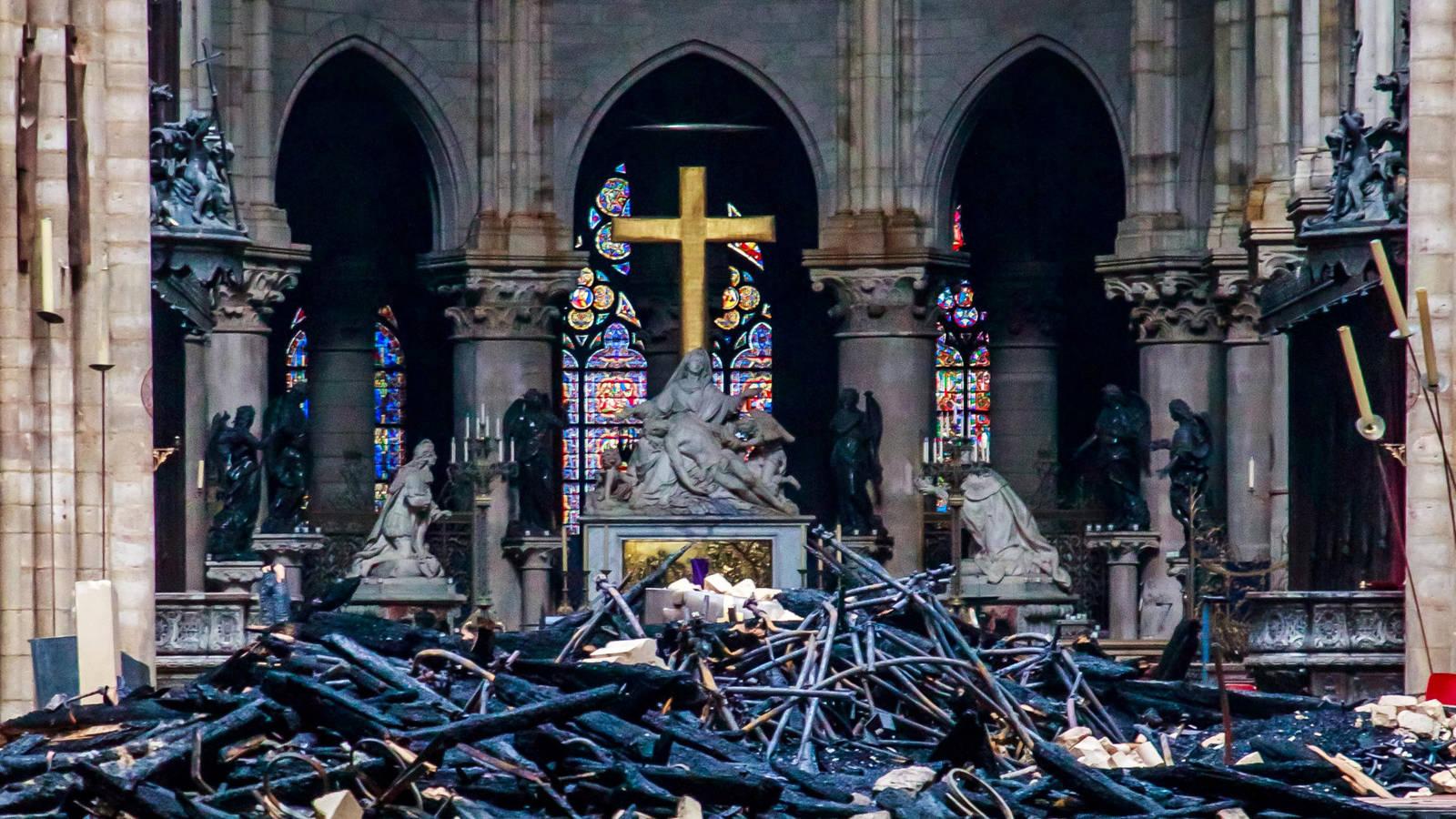 Se critican las donaciones para restaurar Notre Dame comparándola con otras tragedias