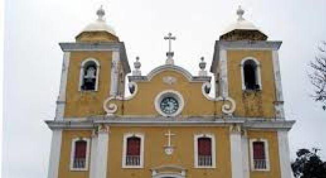 Ataques à igrejas e hotéis no Sri Lanka matam 207 pessoas e deixa 450 feridos