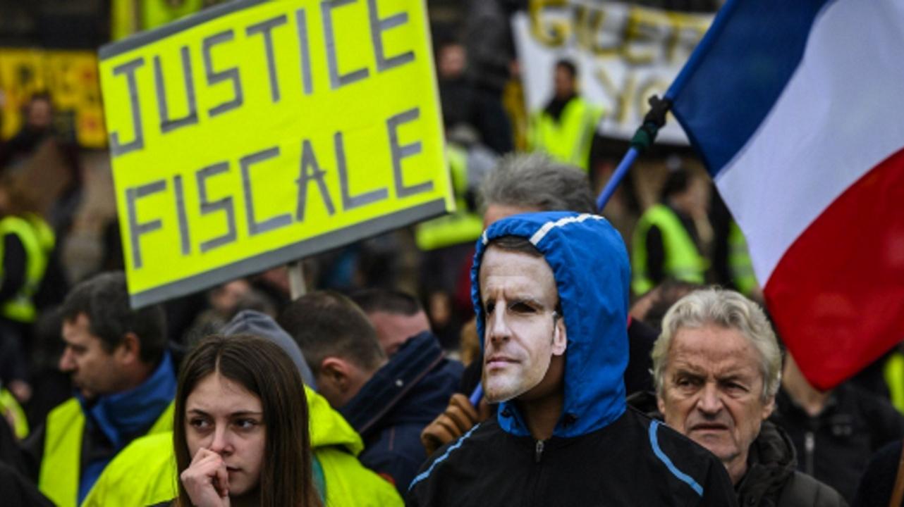 Monde : La crise du pouvoir au cœur des démocraties