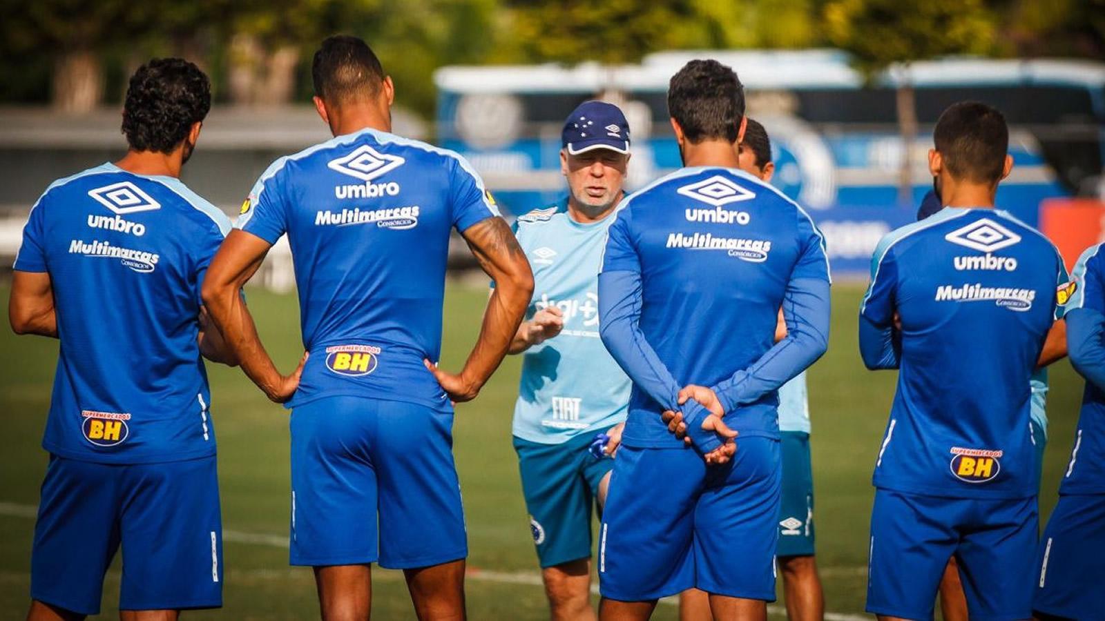 Cruzeiro pode ter Thiago Neves como titular contra o Deportivo Lara