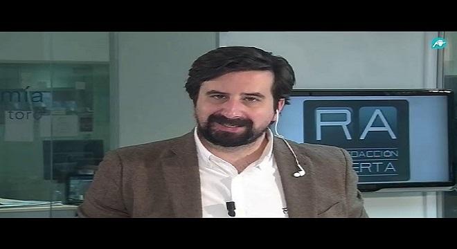 El politólogo Francisco Carrera hunde a Sánchez dándole a VOX 73 escaños