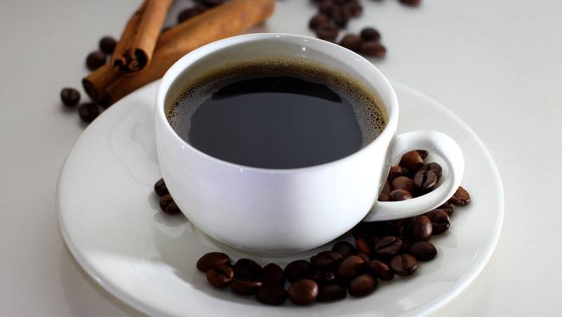 Ipertensione: rischio in aumento con più di 6 caffè al giorno