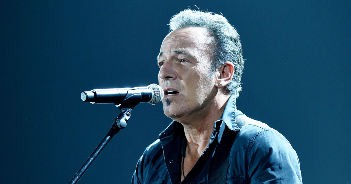 Bruce Springsteen pubblica il nuovo singolo 'There goes my miracle'
