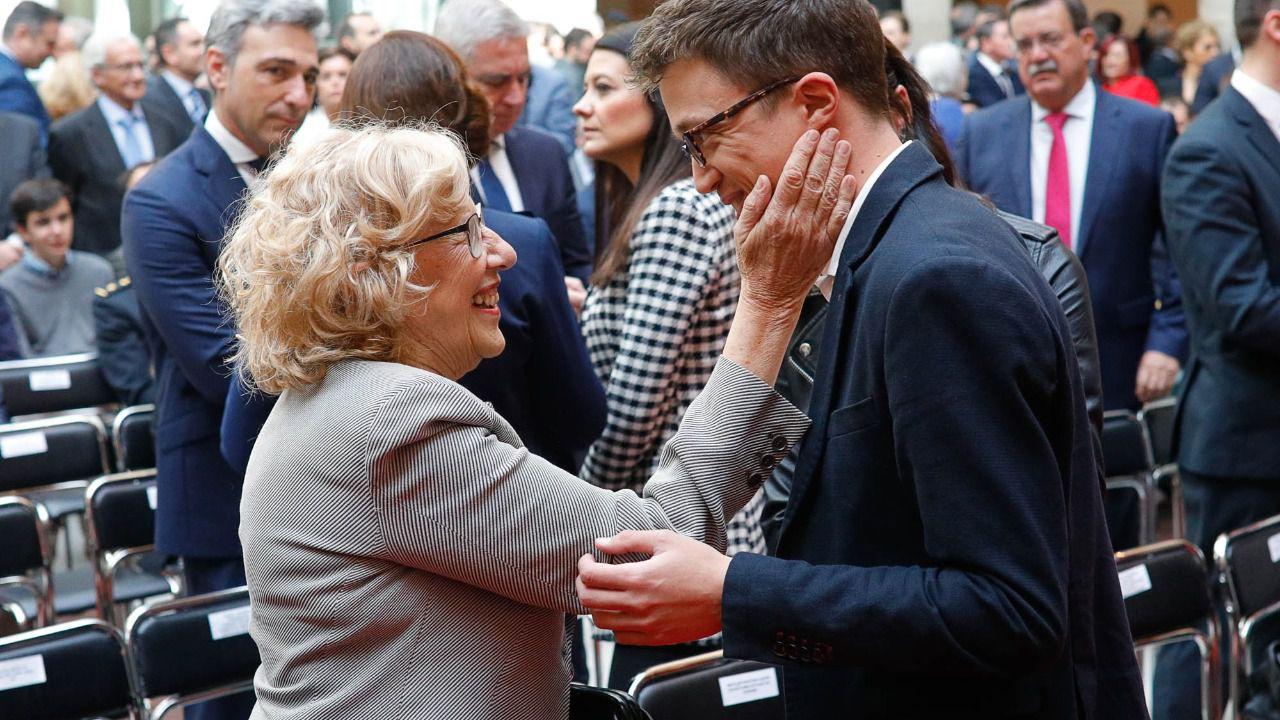 Según las encuestas, las derechas le quitaría la alcaldía de Madrid a Carmena