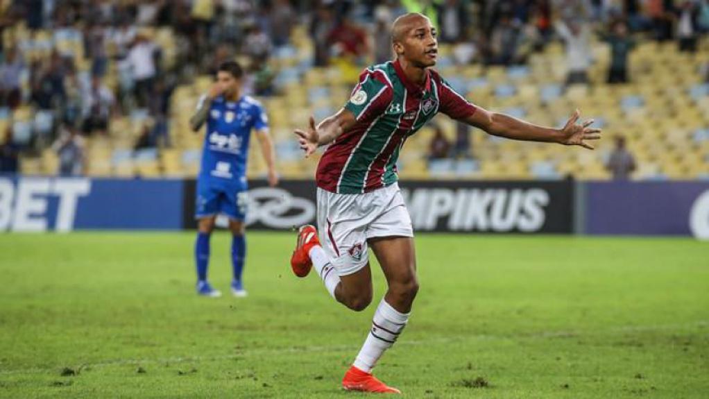 Fluminense derrota Cruzeiro por 4 a 1 em jogo do Campeonato Brasileiro