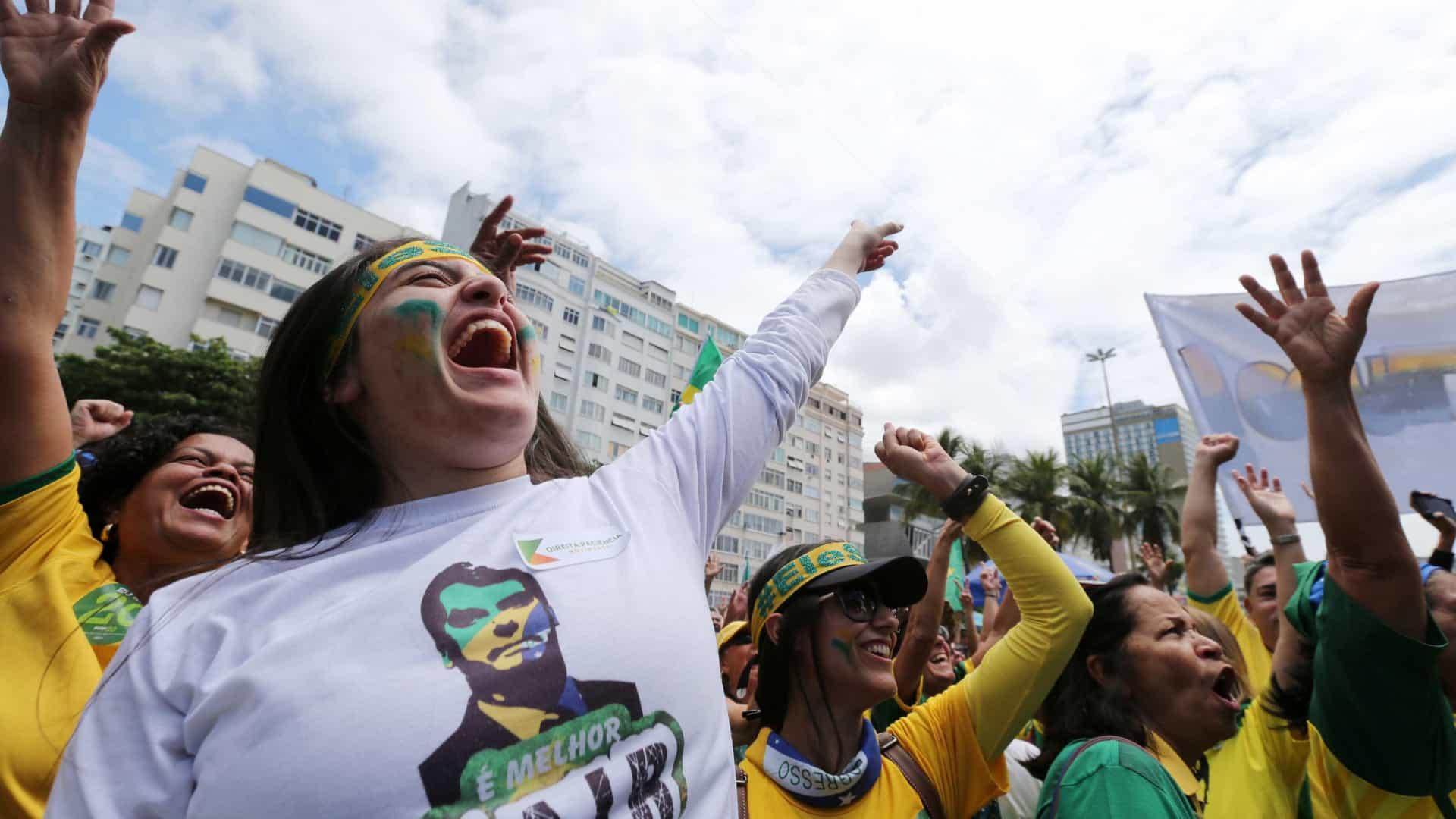 Evangélicos e os caminhoneiros não concordam com movimentos radicais de bolsonaristas