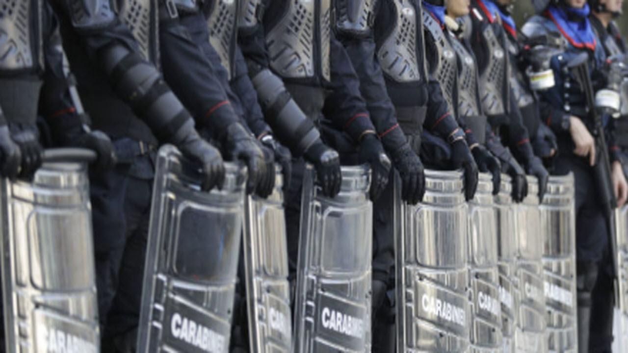 Firenze, ragazza anti Salvini colpita e minacciata dalla Polizia