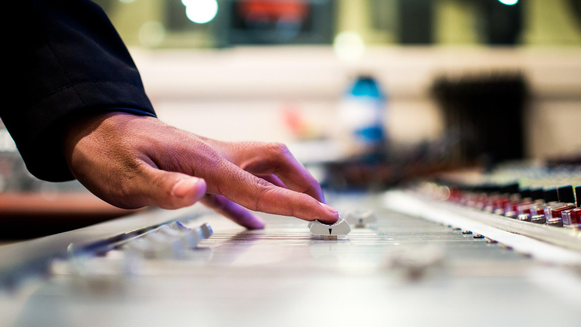 The Leading Guy: 'Con la scrittura si può mettere più passione nella musica'