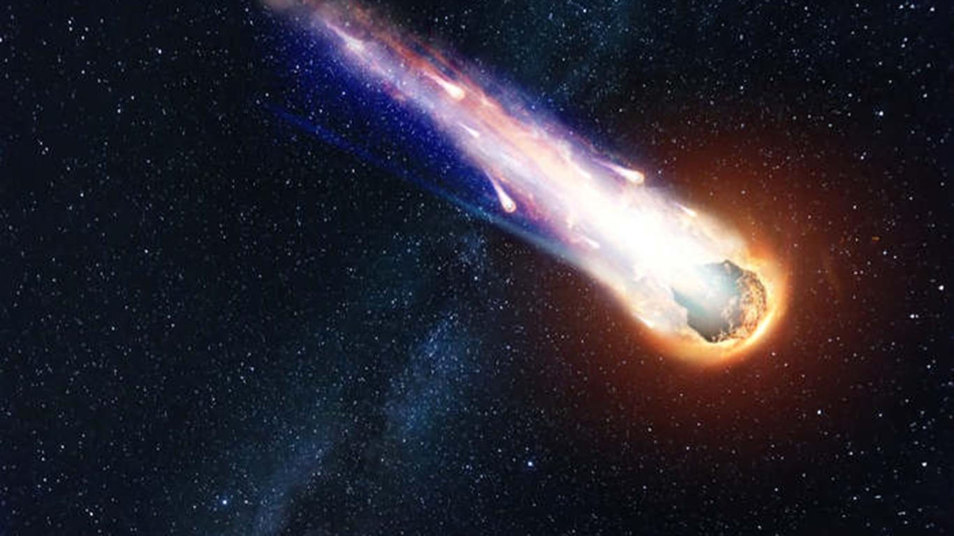 Una grossa palla di fuoco ha illuminato il cielo di Northern Territory, in Australia
