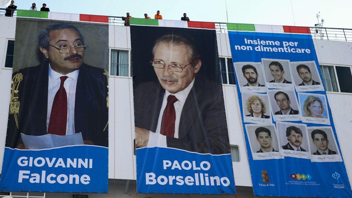 Palermo, arriva la Nave della legalità: 1.500 studenti ricordano Falcone e Borsellino