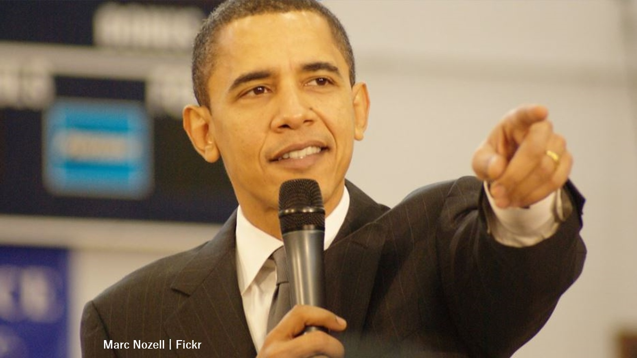 Barack Obama: The former-president delays the release of his new book